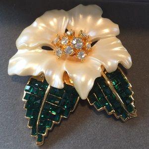 Nolan Miller Glamour Collection Gardenia Pin